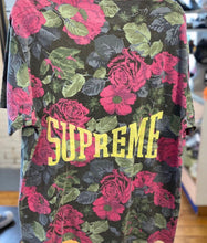 Load image into Gallery viewer, Supreme 'Roses' SS Top