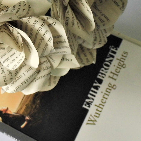 12 x Wuthering Heights Book Paper Flower Roses -  Emily Bronte