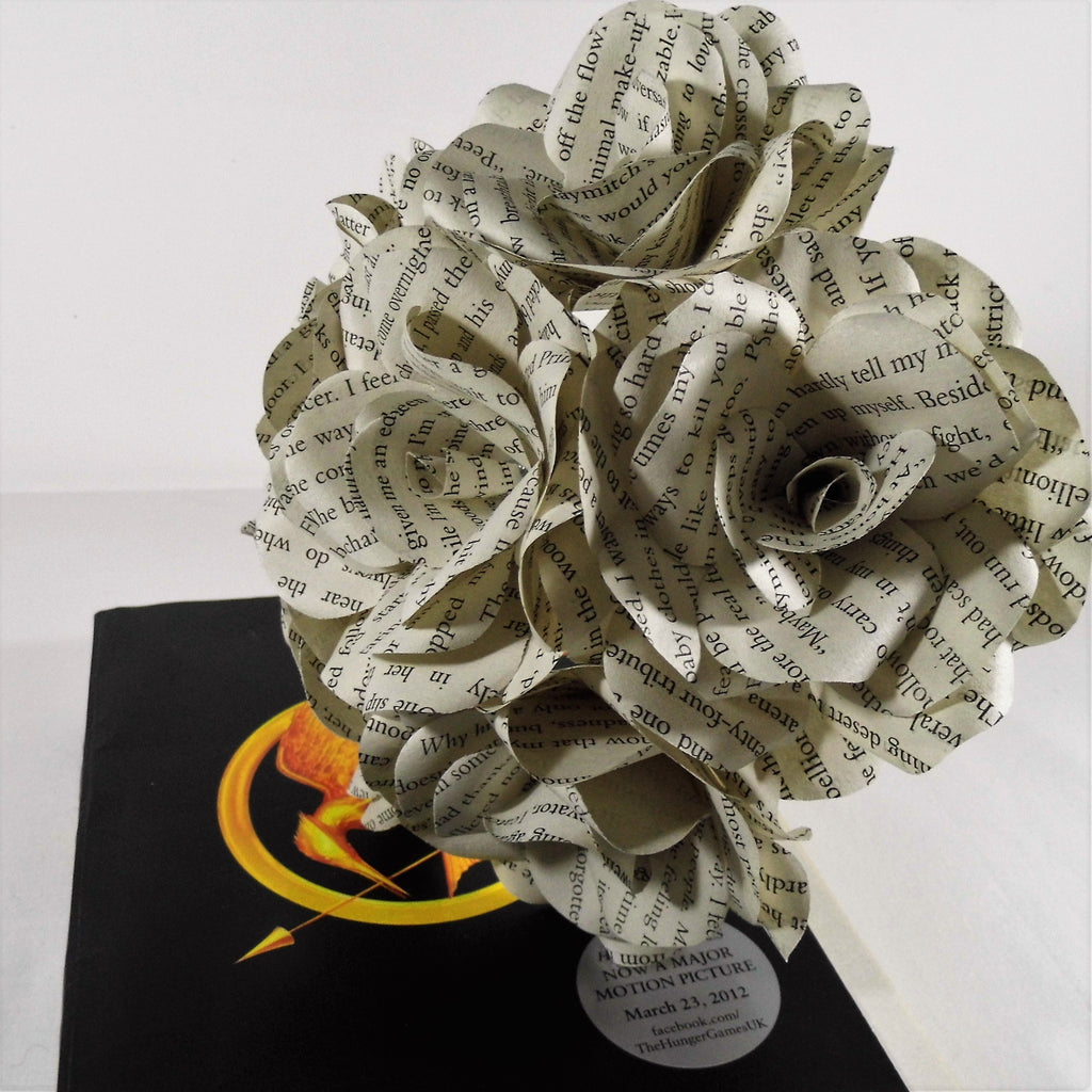 6 x the hunger games book roses book page paper flower roses 6 x the hunger games book roses book page paper flower roses handmade flowers mightylinksfo