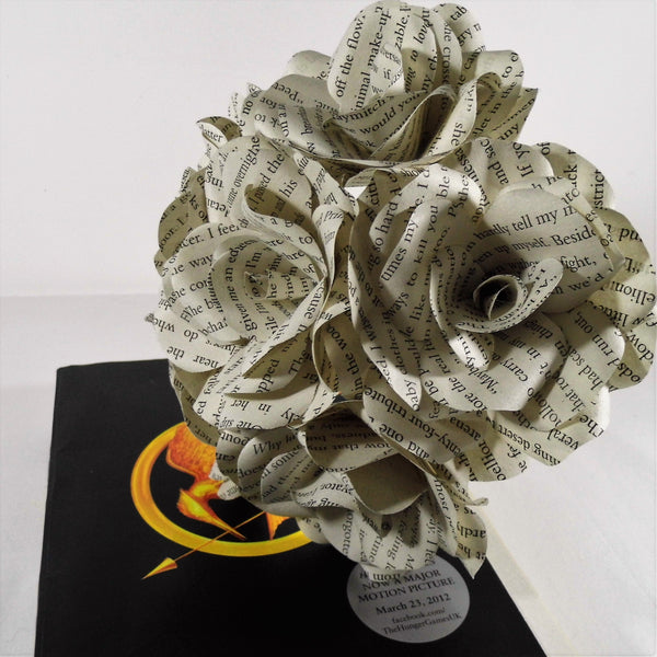 6 x The Hunger Games Book Roses, Book Page Paper Flower Roses - handmade flowers - Wedding Flowers, Table Decorations, Gift, Suzanne Collins