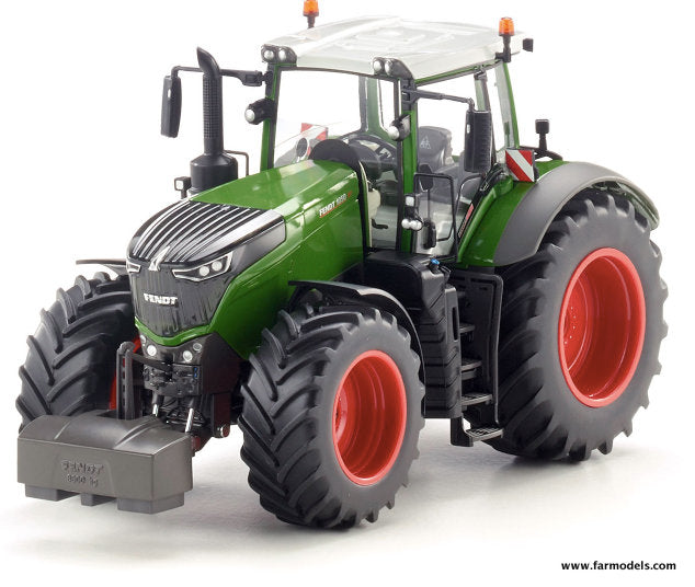 The Fendt 1050 by Wiking