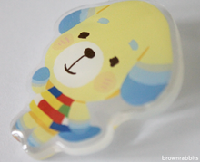 Load image into Gallery viewer, Acrylic Pin Animal Crossing Daisy