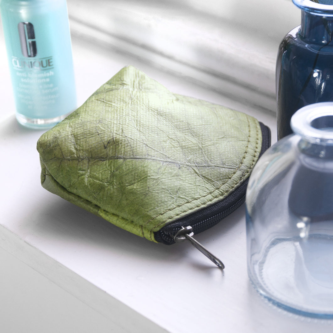 Mini Coin Purse in Leaf Leather - Leaf Green