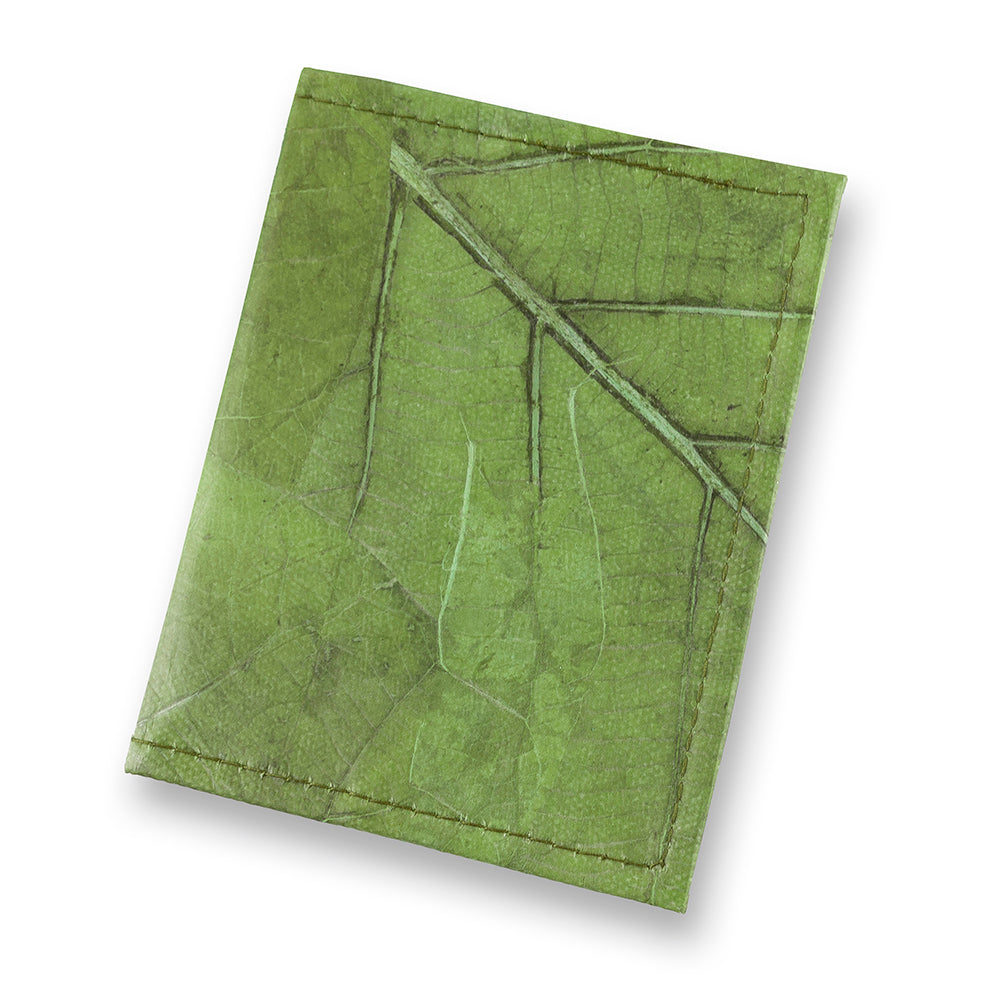 Passport Cover in Leaf Leather - Leaf Green