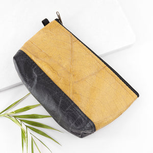 Riverside Wash Bag in Leaf Leather - Tuscan Yellow