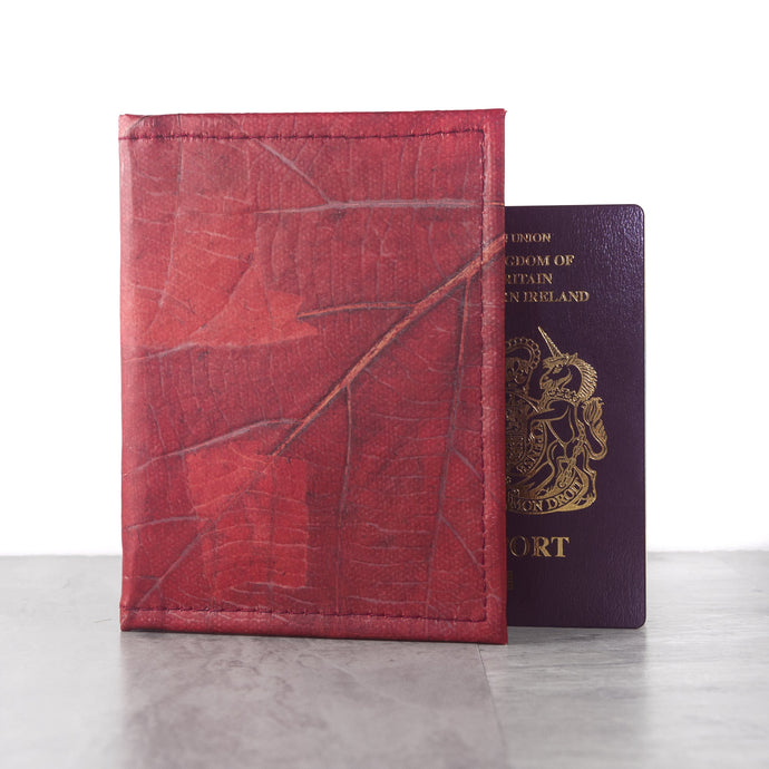 Passport Cover in Leaf Leather - Berry Red