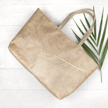 Load image into Gallery viewer, Leaf Leather Tote in Leaf Leather - Natural