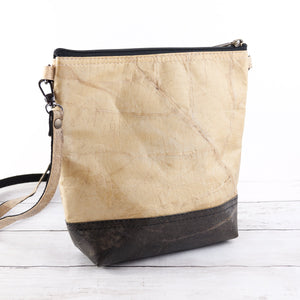 Cross Body Bag in Leaf Leather - Natural