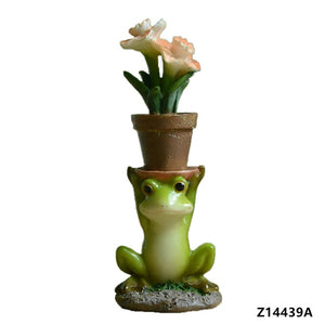 Everyday Collection Resin Lotus Frog Decoration