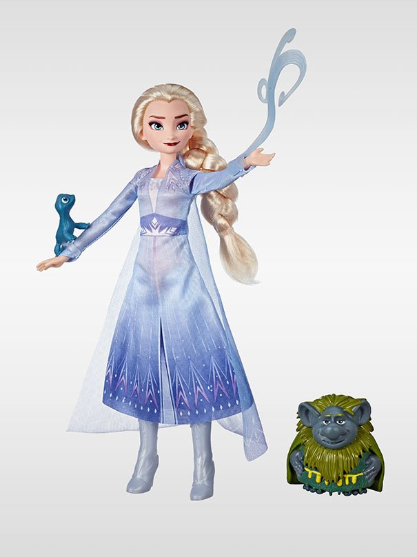 Frozen 2 Elsa, Pebbie & Salamander Figure Set by Hasbro