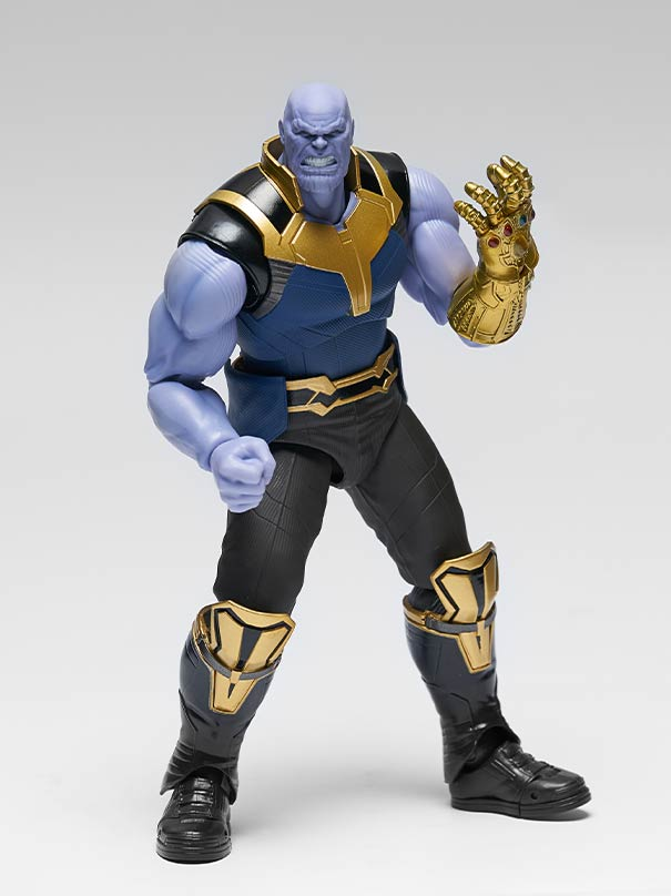 S.H. Figuarts Avengers: Infinity War Thanos Action Figure
