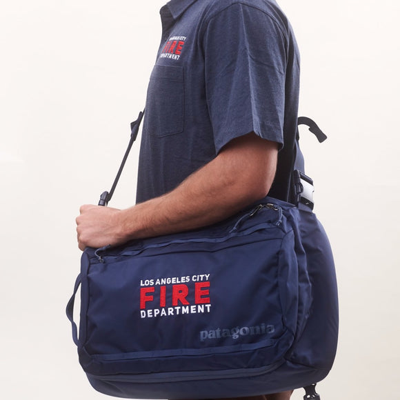 Custom Patagonia Tres 25L Backpack - Navy