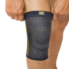 Load image into Gallery viewer, BRACOO KS90 Guardian Knee Sleeve (EVA)