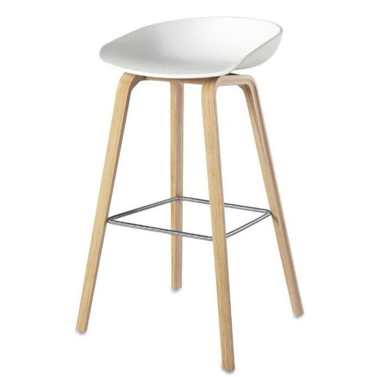 Replica Hee Welling Bar Stool 65cm - Wooden Base / White