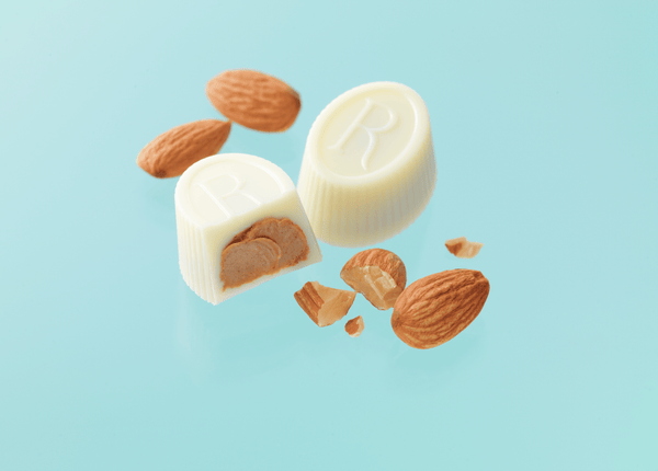 "ROYCE' R Chocolat ""White Gianduja"" - ROYCE' Confect USA Online Boutique"