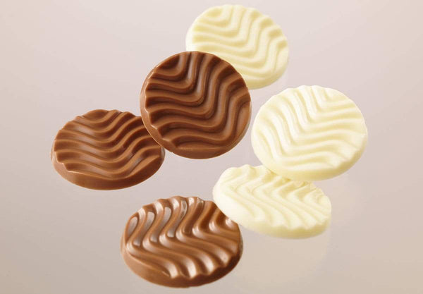 "Pure Chocolate ""Creamy Milk & White"" mix of milk and white chocolate discs"