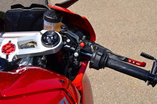 Load image into Gallery viewer, Ducabike CPPI07 Ducati Panigale V4 Ignition Button Pod (Brembo Mount)