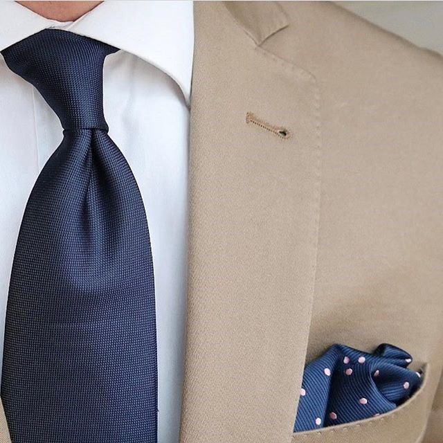 Pocket Square check - Creative Finds