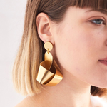 gold knot earring