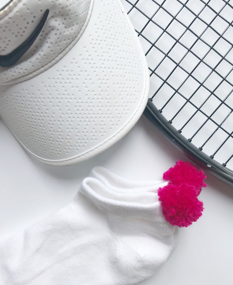 pink pom pom sock - Creative Finds