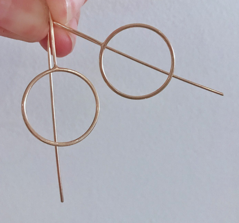 rose gold circle stalk earrings
