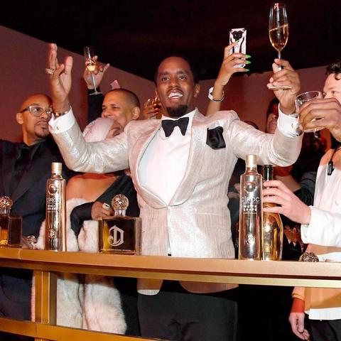 Sean_Combs_with_Ciroc_vodka_large
