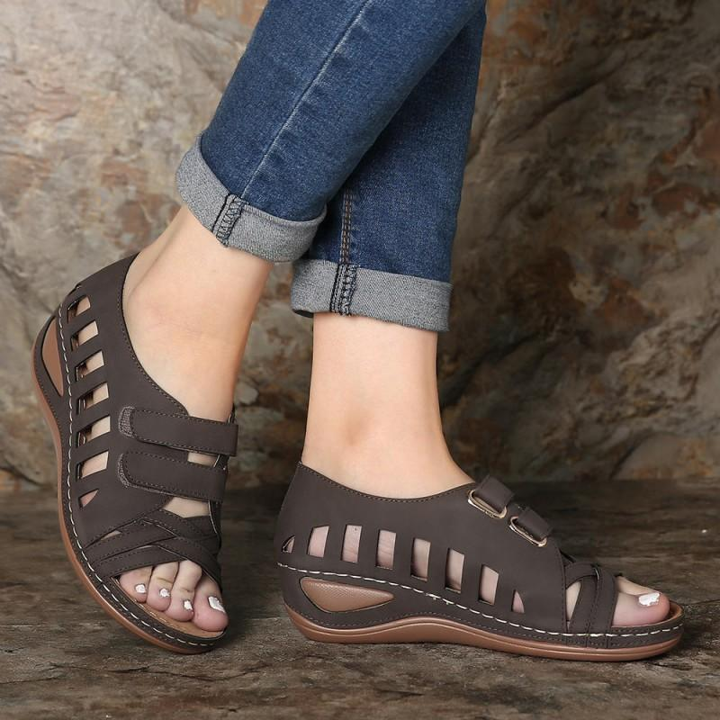 Women Peep Toe Hollow Out Breathable Casual Wedges Sandals(NOW 50% OFF)