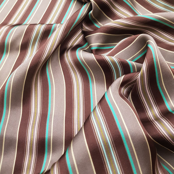 Seta brown stripes