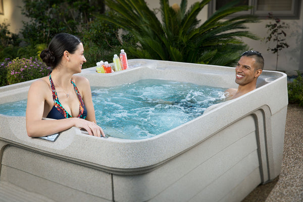 Buying Online vs. In store: The Real Story Behind How To Buy A Hot Tub