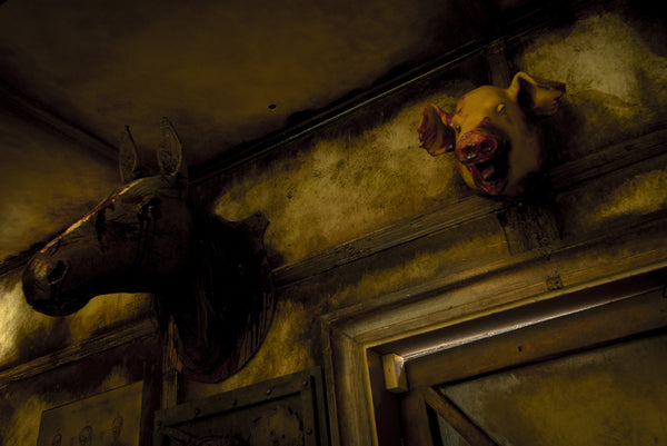 ScareHouse: Horse and Pig
