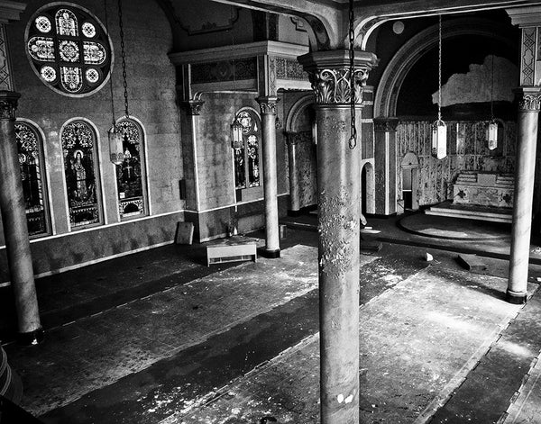 St. Nicholas Croatian Catholic Church: Sanctuary (b/w)