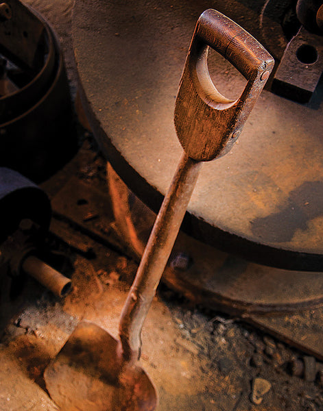 W.A. Young & Sons Foundry & Machine Shop: Shovel