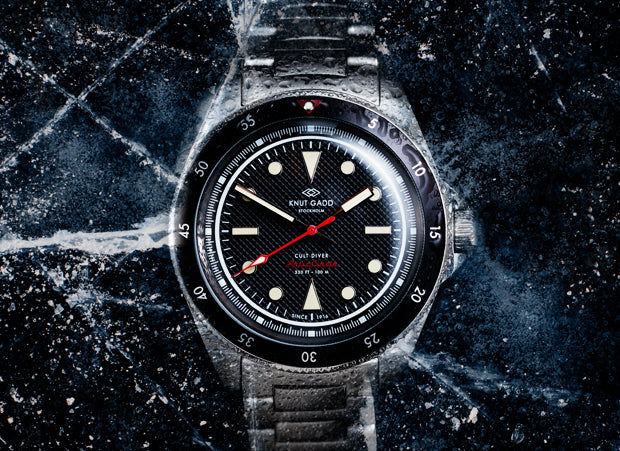 Arctic Circle Cult diver black