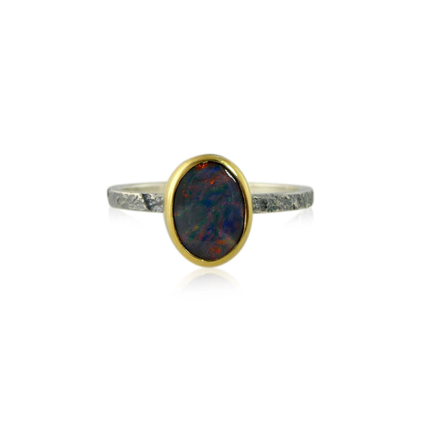 Flat Stacker with 7 x 9 mm stone - opal