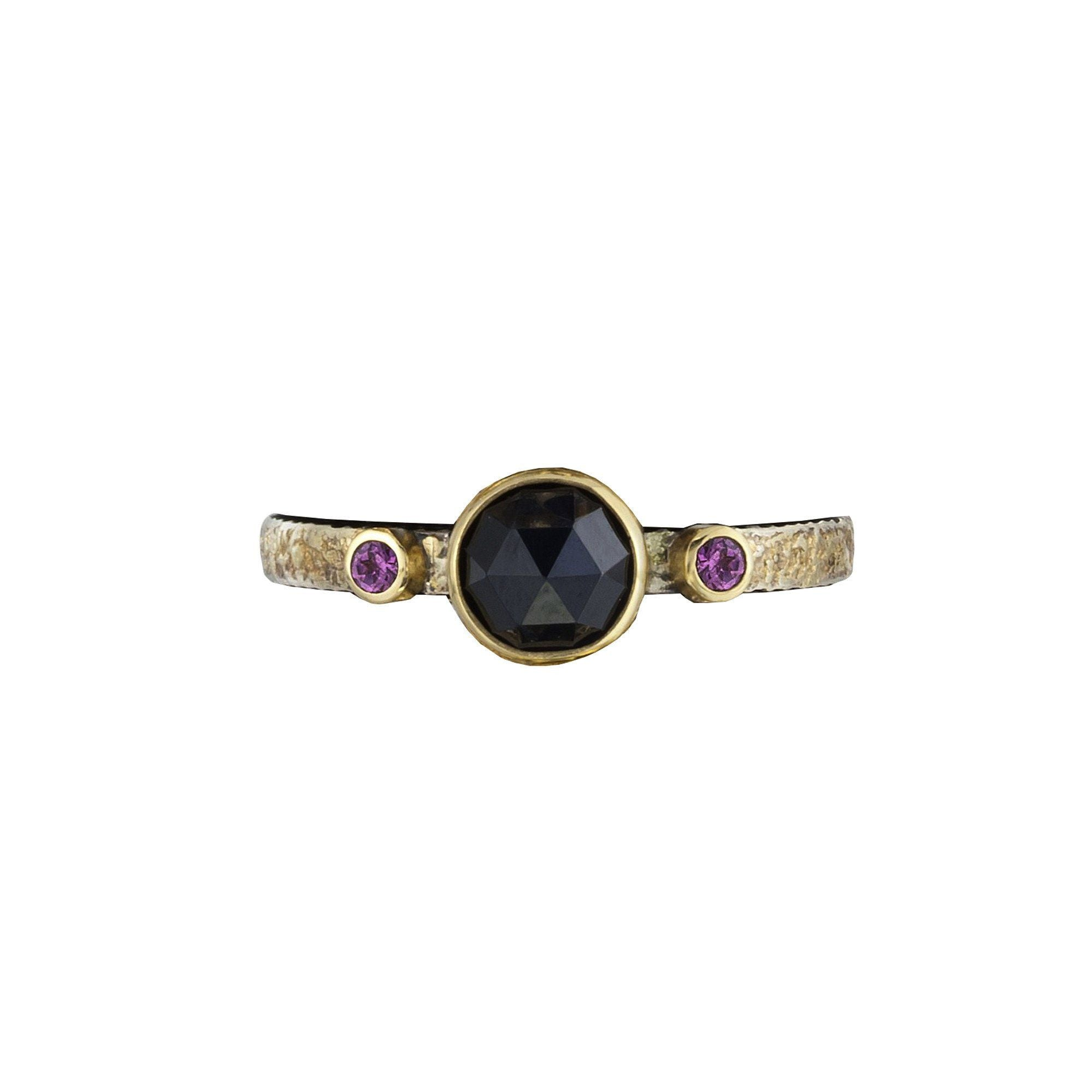 Stacker with rose-cut black spinel