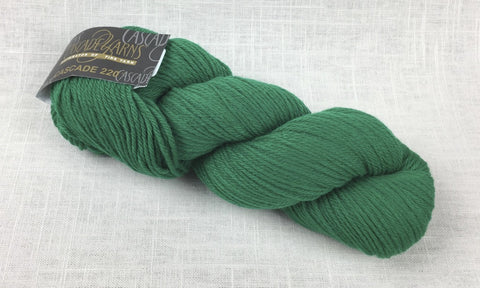 cascade yarns 220 wool worsted 8894 christmas green