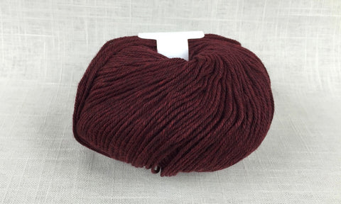 cascade 220 superwash light worsted DK 1923 red wine heather