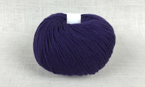 cascade 220 superwash light worsted DK 803 royal purple