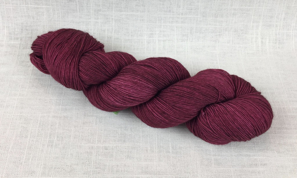 candy skein yummy fingering superwash wool cinnamon bear dark red