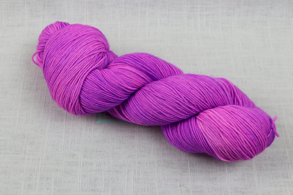 candy skein yummy fingering superwash wool sour grape
