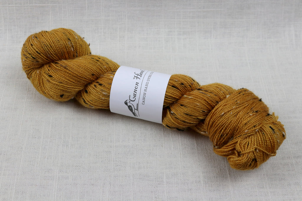 canon hand dyes robert tweed fingering golden slumber