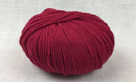 cascade 220 superwash light worsted DK 809 really red