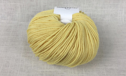 cascade 220 superwash light worsted DK 820 lemon yellow