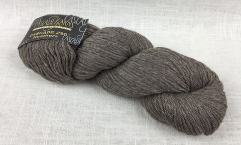 cascade yarns 220 wool worsted color 8013 walnut heather