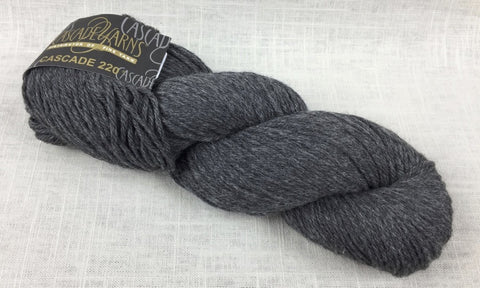 cascade yarns 220 wool worsted color 8400 charcoal grey