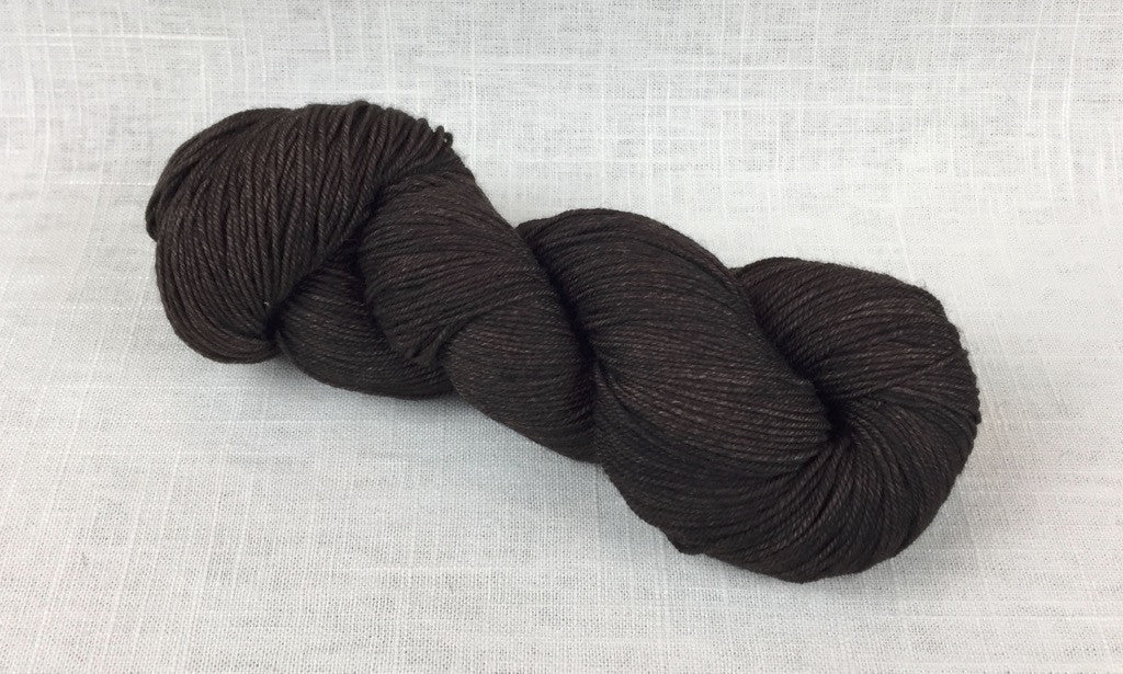 malabrigo sock sw812 chocolate amargo
