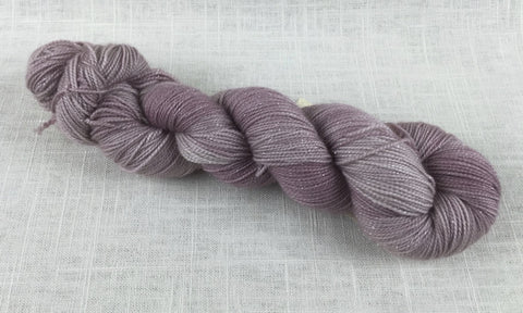 canon hand dyes oscar sparkle Eleanor Dashwood fingering rose