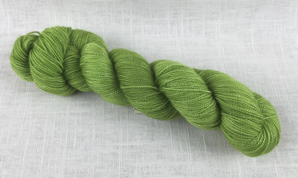 canon hand dyes oscar sparkle Fanny Dashwood fingering bright green