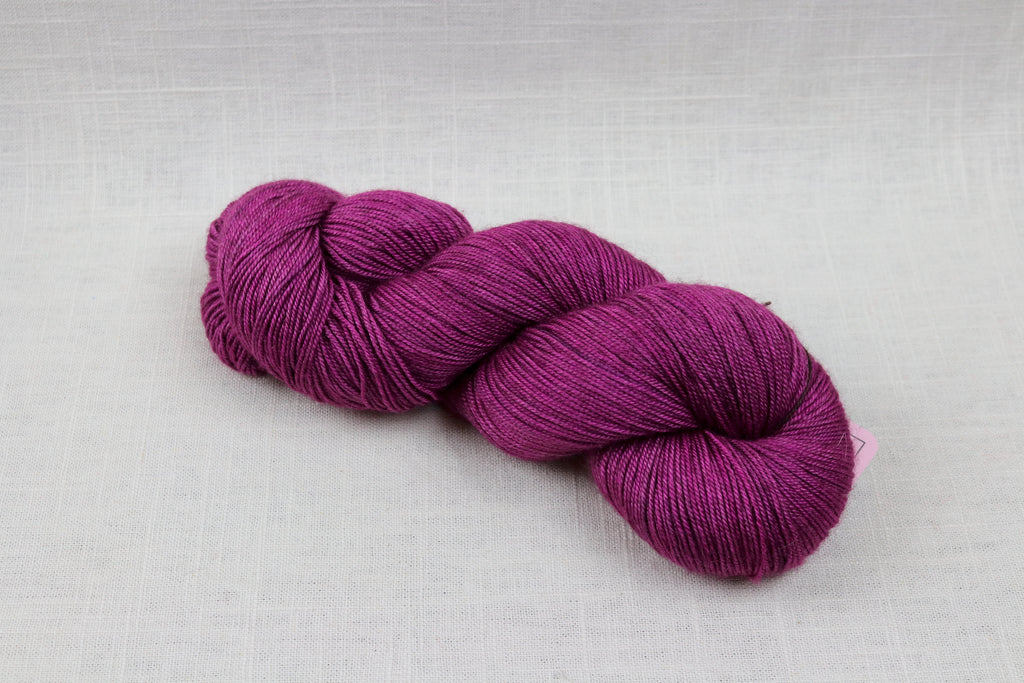 ryberry yarns merino/yak/silk razzleberry