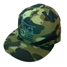 Load image into Gallery viewer, 7 1/2 Bape X New Era Green Camo Fitted